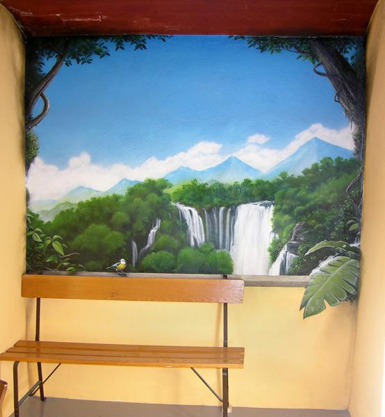 Fenster-Vogel-Kaskade-Wald-Dschungel-Pflanze-Balkon-Blumen-Wolke-graffiti-trompe-l-oeil-graffitisprayer-graffitikunstler