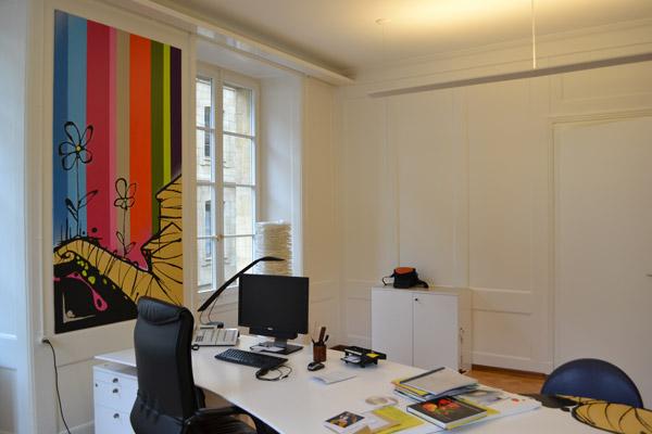 bureau design graffiti neuch tel graffeur proffessionnel. Black Bedroom Furniture Sets. Home Design Ideas