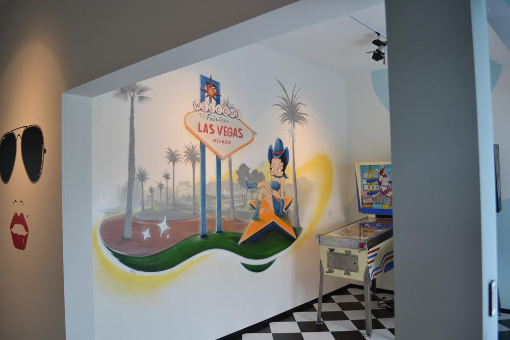 salle de jeux las vegas graffiti fresque et trompe l 39 oeil. Black Bedroom Furniture Sets. Home Design Ideas